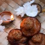 Sri Lankan oil cakes (Kavum/Kevum)