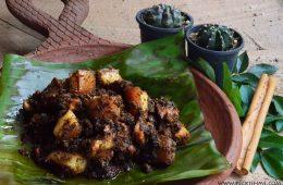 sri-lankan-pork-black-curry