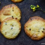 Passion fruit cookies with white chocolate
