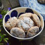 Traditional Amaretti Cookies