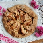 Apple and cheddar galette